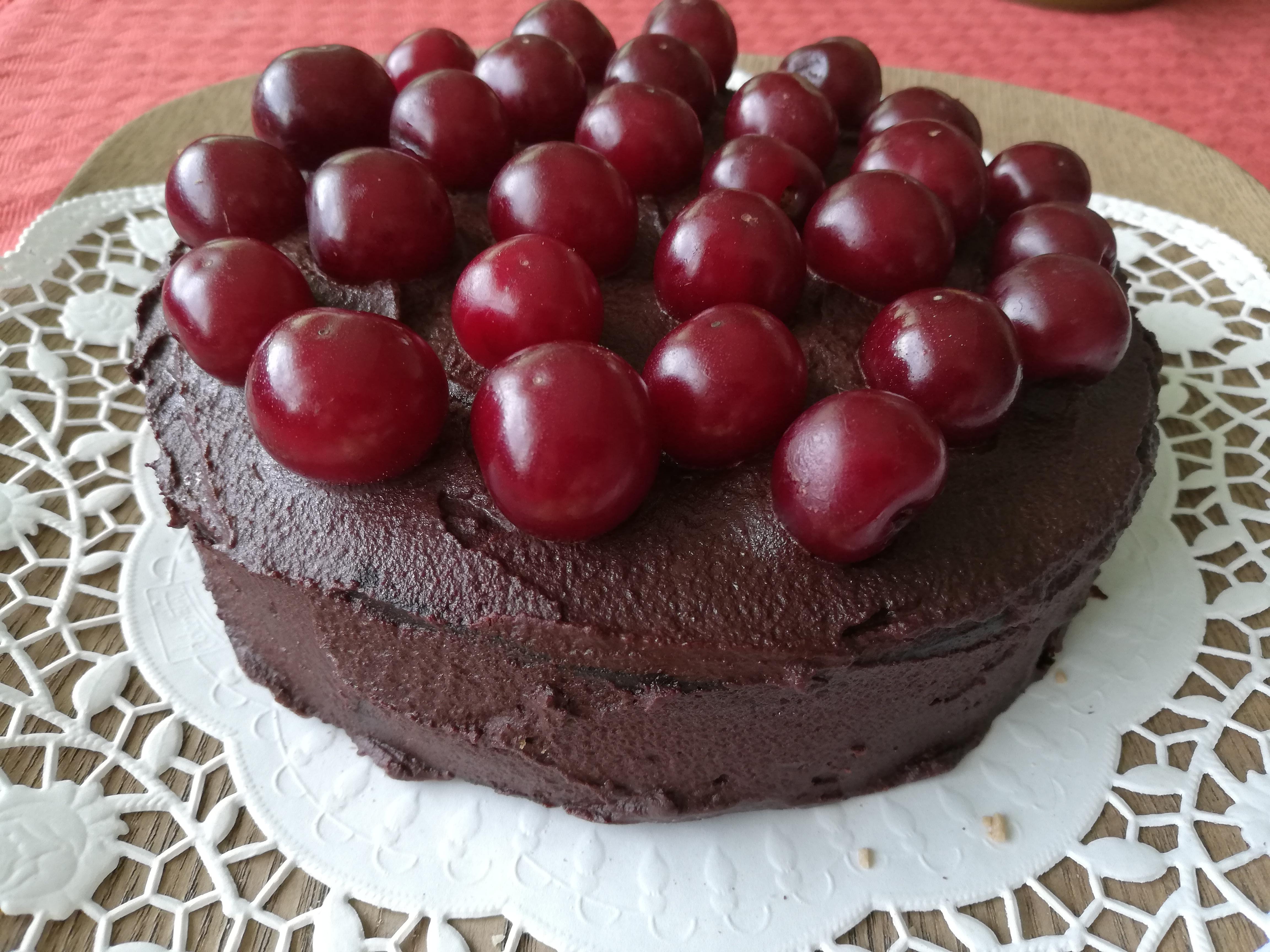 Šokolaadikook kirssidega - tõelistele šokolaadi fännidele